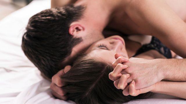 Maintenir une érection, comment peut-on durer plus longtemps au lit ?