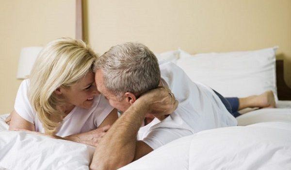 Qui consulter quand on a un problème d'érection à 50 ans ?